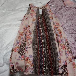 VERY cute summer/spring dress!!